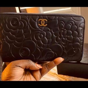 Authentic CHANEL Camellia Zip Around Wallet